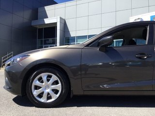 2016  Mazda3 GX   CAMÉRA DE RECUL   TRÈS BAS KILO