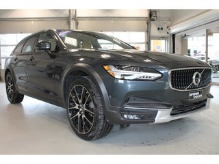 Volvo V90 Cross Country T6 TAUX À PARTIR DE 0.90% 2017
