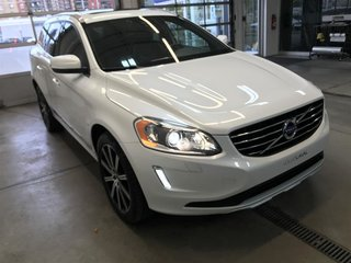 Volvo XC60 T6 AWD A (2) 2015