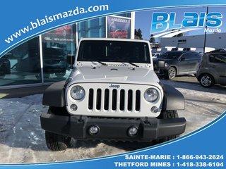 2015 Jeep Wrangler 4 RM, 4 portes, Sport