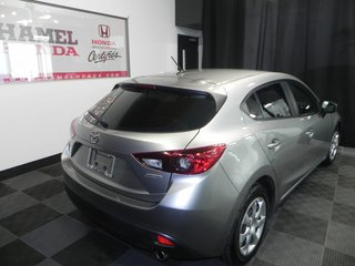 2016 Mazda 3 HATCHBACK Auto