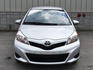 2014 Toyota Yaris LE,  SEULEMENT 7350 KM