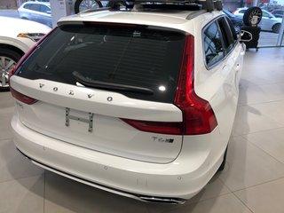 2019 Volvo V90 T6 AWD R-Design