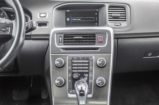 2015 Volvo V60 T5 Premier AWD 0.9%