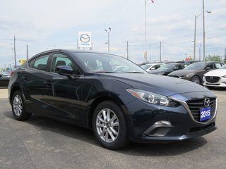 2015  Mazda3 GS|HEATED SEATS|COMFORT PACKAGE