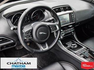 2018 Jaguar XE 25t 2.0L AWD Prestige
