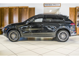 2017 Porsche Cayenne 2017 Porsche Cayenne *Platinum Edition* Navigation