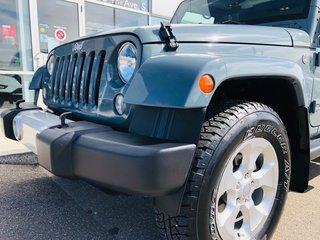 2015 Jeep SUV 4WD Wrangler Unlimited Sahara Sahara