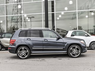 2015 Mercedes-Benz GLK250 Navigation. Panoramic sunroof, Headlamp package