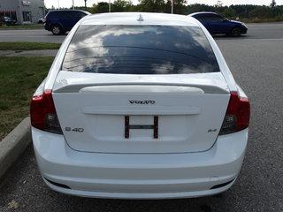Volvo S40 2008 Volvo S40 - 4dr Sdn 2.4L Auto FWD w-Snrf 2008