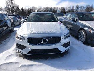 2019 Volvo V60 T6 Momentum
