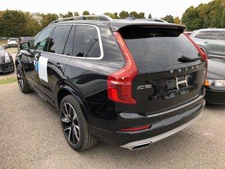 2019 Volvo XC90 Hybrid T8 Momentum