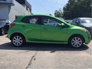 2011  Mazda 2-LOW KMS-ONE OWNER-ACCIDENT FREE-