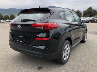 2019 Hyundai Tucson AWD 2.0L Essential Safety Package