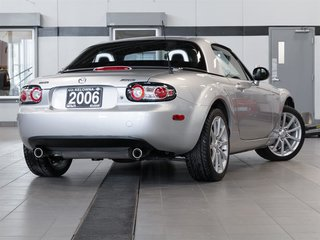 2006 Mazda Miata GS 2D Convertible 6sp