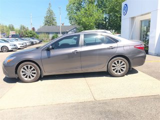 2016 Toyota Camry XLE..LOADED, ONE OWNER, TRADE IN