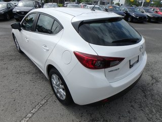 2015  Mazda3 Sport GS(Navigation, Heated Seats, Back Up Camera)