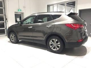 2014 Hyundai Santa Fe 2.4L PREMIUM - HEATED SEATS & STEERING WHEEL!