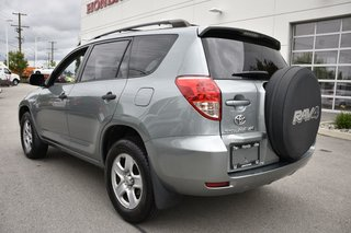 2008 Toyota RAV4 TINTED WINDOWS, MUD GUARDS, ROOF RACKS, CD PLAYER