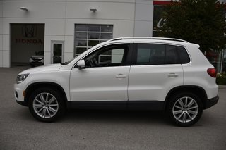 2013 Volkswagen Tiguan HIGHLINE - HITCH, SUNROOF, BLUETOOTH, TINT
