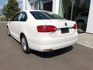 2013 Volkswagen Jetta Highline TDi W/Sunroof