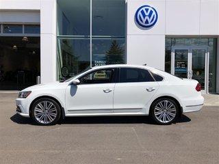 2016 Volkswagen Passat Loaded execline, certified