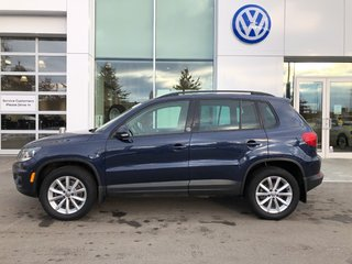 2017 Volkswagen Tiguan Locally Owned, 4Motion All Wheel Drive