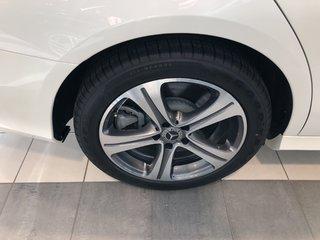 Mercedes-Benz E400 4MATIC Sedan 2018