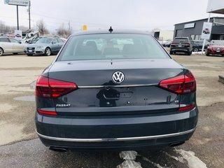 2017 Volkswagen Passat Highline V6