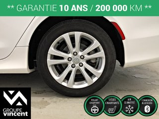 Chrysler 200 LIMITED **GARANTIE 10 ANS** 2015