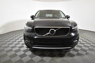 2020 Volvo XC40 T5 AWD Momentum