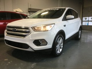 Ford Escape SE, A/C BIZONE, SIEGES CHAUFFANTS,CAMERA,BLUETOOTH 2017