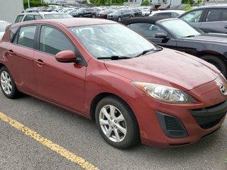 Mazda3 ***RÉSERVÉ***GX, MAGS, A/C 2011