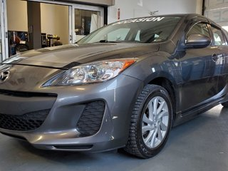 2012  Mazda3 GS-SKY, SIEGES CHAUFFANTS, BLUETOOTH, A/C, MAGS