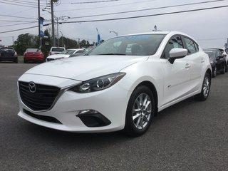 Mazda Mazda3 **RÉSERVÉ**, GS, NAVIGATION, BLUETOOTH, MAGS 2015