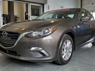 Mazda3 GS, NAVI, SIEGES CHAUFFANTS, BLUETOOTH, CAMERA,A/C 2015