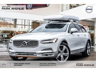 2018 Volvo V90 Cross Country T6 Volvo Ocean Race Seulement 12 au Canada !