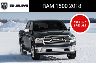 2018 RAM 1500 EXPRESS BLACKOUT À CABINE QUAD 4X4