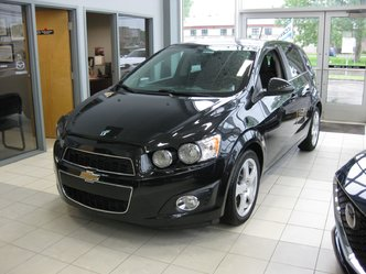Chevrolet Sonic LT mags toit camera 2015