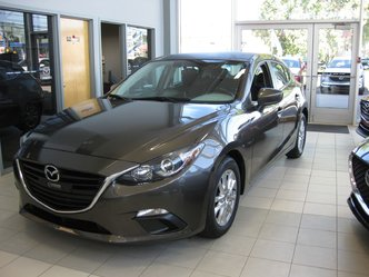 2016  Mazda3 SPORT GS camera navigation