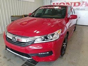2017 Honda Accord Sedan Sport toit mags full à l`état neuf