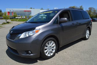Toyota Sienna XLE AWD, 7 PASSAGERS, CUIR, TOIT OUVRANT 2013