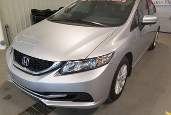 2014 Honda Civic Sedan LX full bluetooth A/C transmission automatique