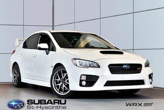 2017 Subaru WRX STI Sport-tech, cuir, toit ouvrant, GPS
