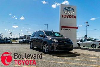 Toyota Sienna * LE * 2019