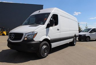 2018 Mercedes-Benz Sprinter V6 3500 Cargo 170