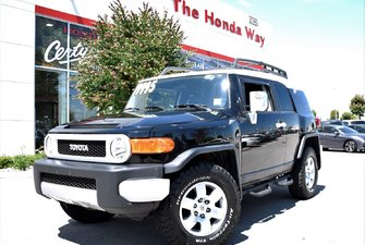 2007 Toyota FJ Cruiser ROOF RACKS, BLUETOOTH, TINTED WINDOWS