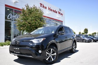 2018 Toyota RAV4 XLE - BLUETOOTH, B/U CAMERA, HEATED SEATS