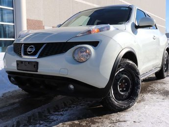 2011 Nissan Juke SV   All Wheel Drive   Winter Tires   Sunroof   St