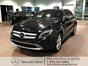 2015 Mercedes-Benz GLA-Class GLA250 4MATIC, parktronic, toit pano, navi, sirius